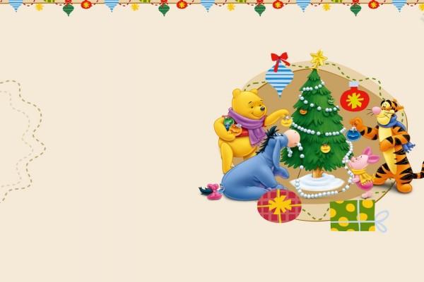 Winie the Poo y sus amigos decorando el árbol de Navidad