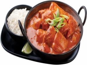 Pollo en salsa picante acompañado de arroz