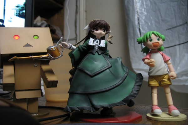 Danbo junto a Yotsuba y Suiseiseki