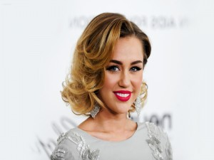 Postal: Sexi y guapa Miley Cyrus