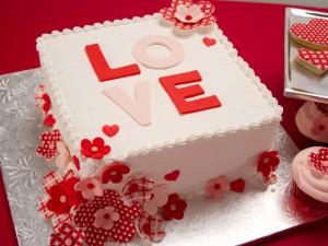 Postal: Tarta con mucho amor