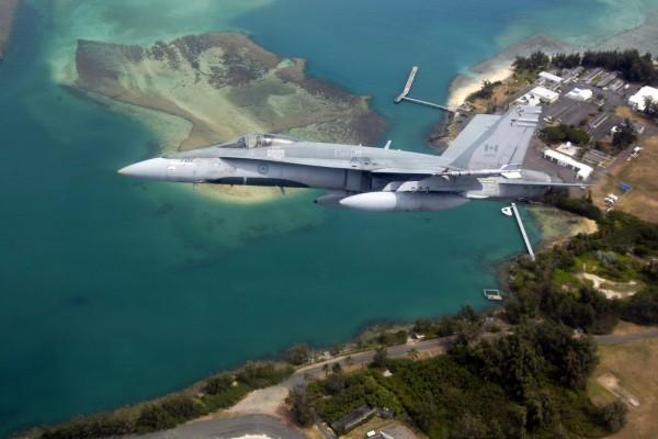 Un caza CF-18 de las Fuerzas Canadienses