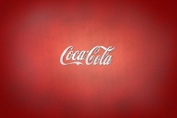 Logo de Coca-Cola en fondo rojo