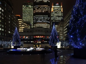 Árboles de Navidad en la Plaza de Cabot, Londres