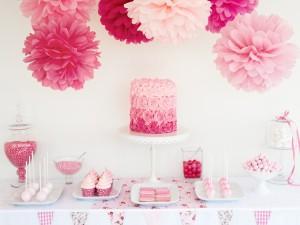 Postal: Preciosa tarta y otros dulces para una fiesta de cumpleaños