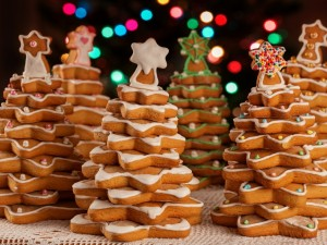 Postal: Masitas formando árboles de Navidad