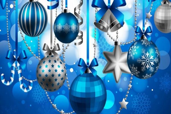 Adornos navideños en color azul