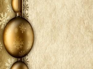 Postal: Bolas doradas y papel para Navidad