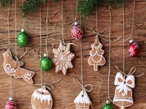 Galletas adornando en Navidad