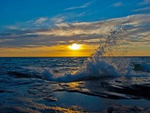 Postal: Mar visto al amanecer