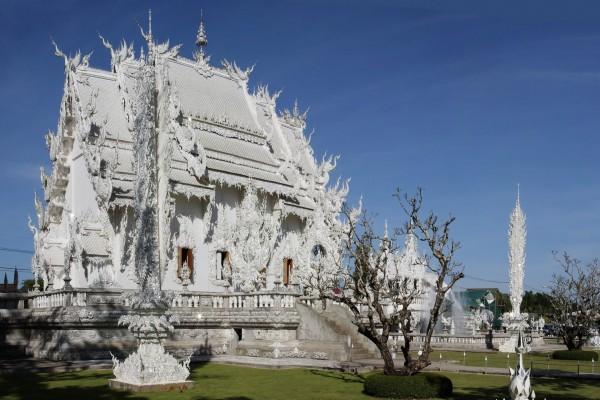 El templo Wat Rong Khun (Tailandia)