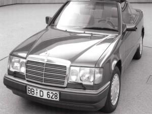 Postal: Mercedes E-Class Cabrio A124