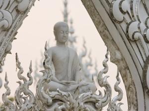 Buda en el templo Wat Rong Khun