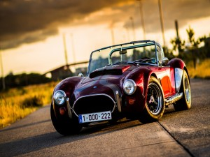 Postal: Un deportivo AC Cobra