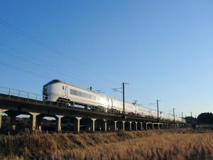 Un gran tren circulando