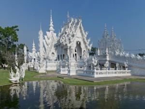 Postal: El templo tailandes Wat Rong Khun