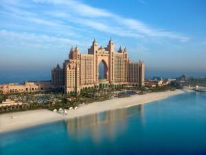Hotel Atlantis construido en el mar (Dubái)