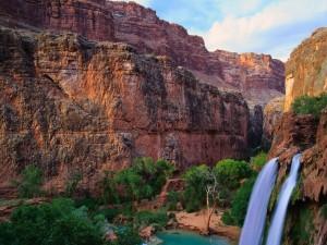 Dos cascadas en un bello lugar