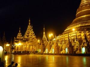 Postal: Templo Shwedagon
