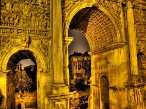 Antiguos arcos romanos