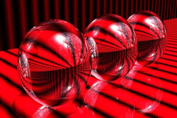 Bolas de cristal rojas