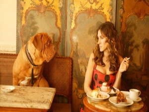 Postal: Carrie Bradshaw en París (Sexo en Nueva York)