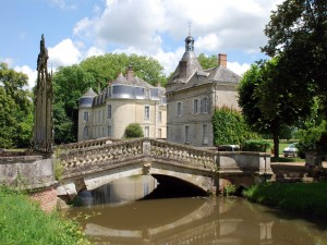 Postal: Castillo de Malicorne (Francia)