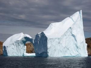 Espectacular iceberg al sur de Upernavik, Groenlandia