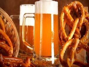Postal: Cerveza y pretzels