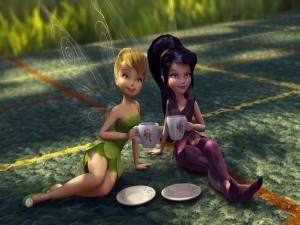 Campanilla y su amiga