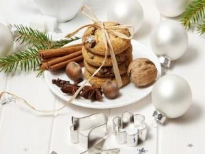 Galletas y adornos de Navidad