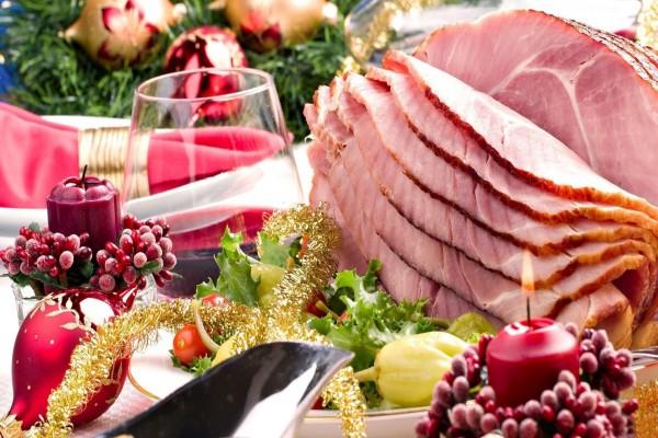 Jamón asado para la cena de Navidad