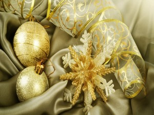 Postal: Delicados adornos para Navidad
