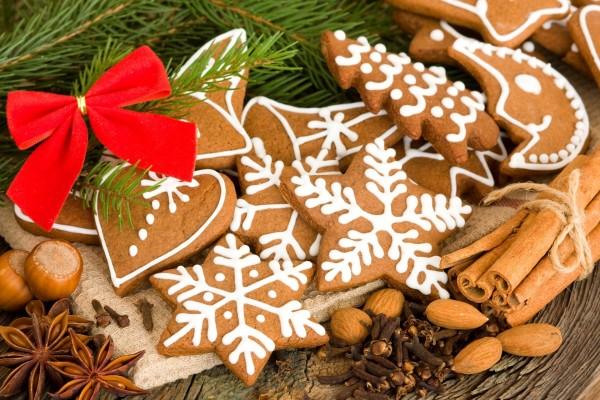 Galletas navideñas y frutos secos