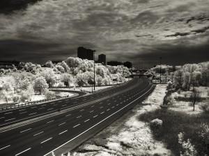 Una autopista sin tráfico