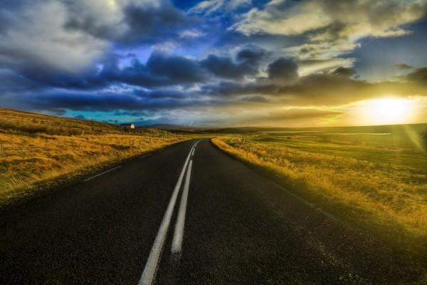 Un bello paisaje visto desde la carretera