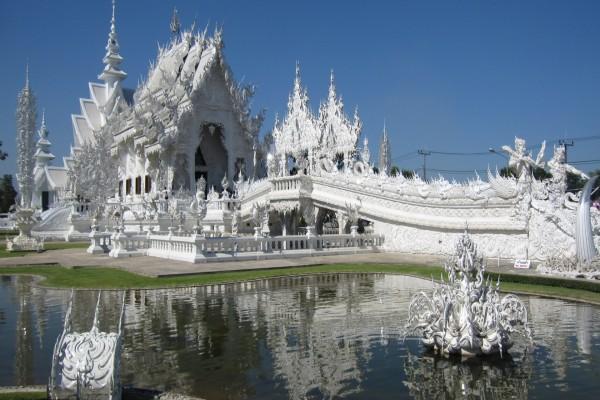 El templo tailandés Wat Rong Khun