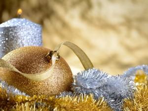 Decoración dorada y plateada para Navidad
