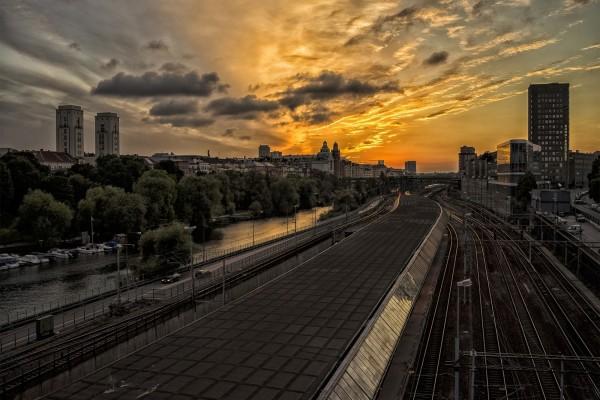 La luz del atardecer sobre la ciudad