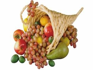 Postal: Cornucopia con frutas