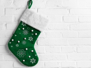 Postal: Bota verde para adornar en las fiestas navideñas