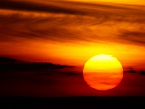 Postal: Gran sol al atardecer