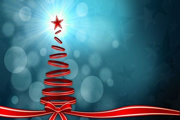 Cinta roja formando un árbol navideño