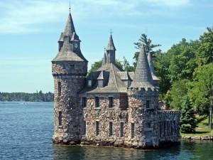 Postal: Castillo de piedra en Las Mil Islas de San Lorenzo