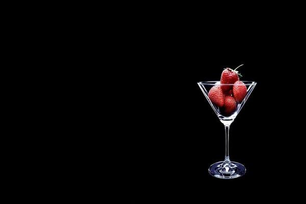 Fresas en una copa de cóctel