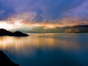 Postal: Un gran lago