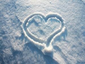Postal: Corazón en la nieve