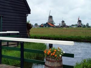 Molinos de viento en Voléndam, Holanda