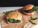 Hamburguesas veganas de lentejas con canonigos