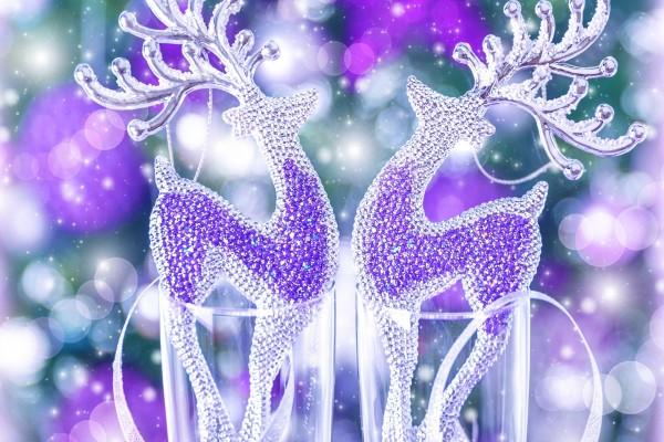 Brillantes renos de cristal para decorar en Navidad